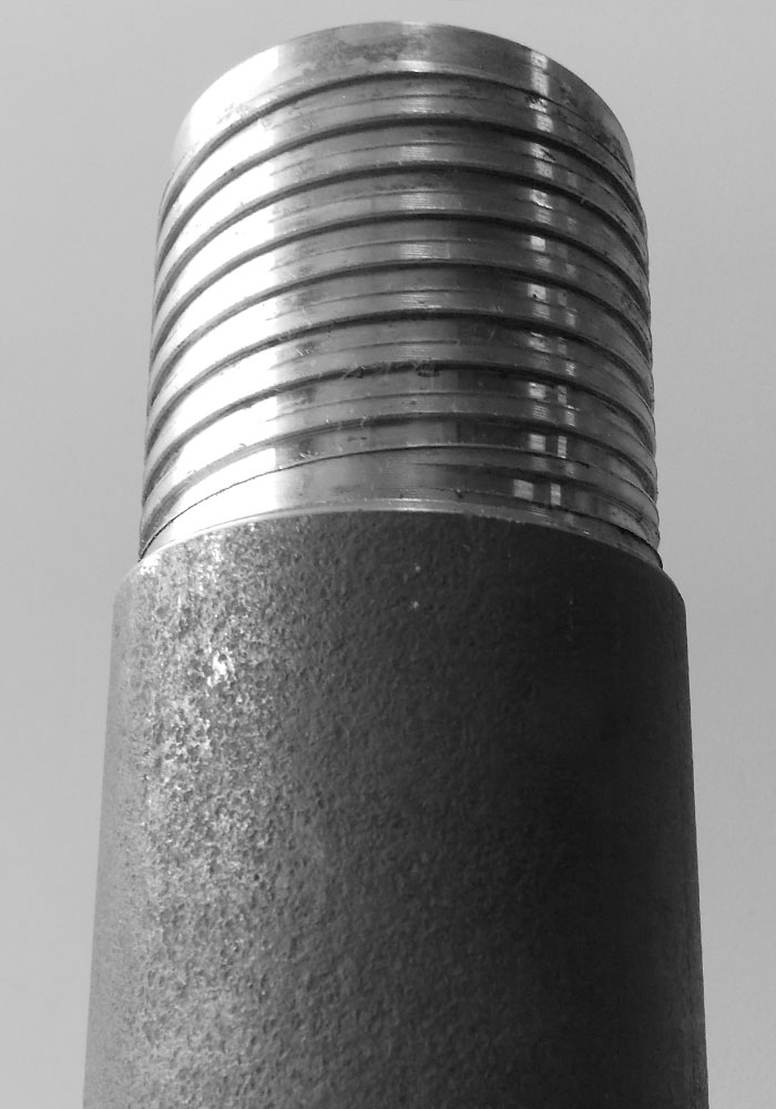 Drill casing with several available threads