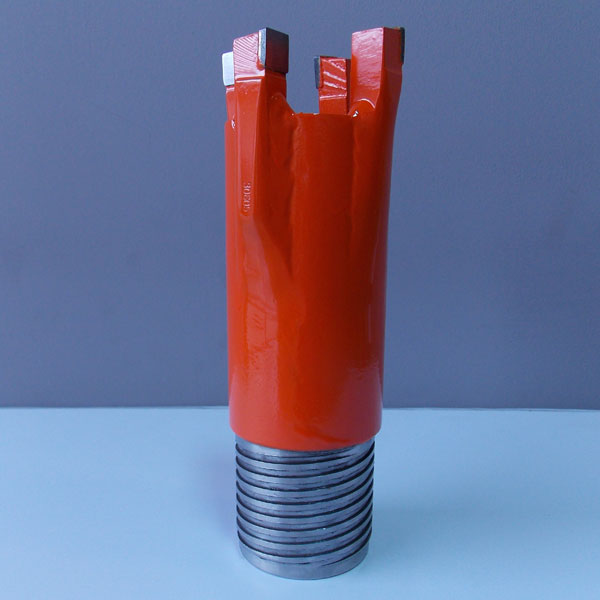 Four or six carbide tipped teeth drill starter bits